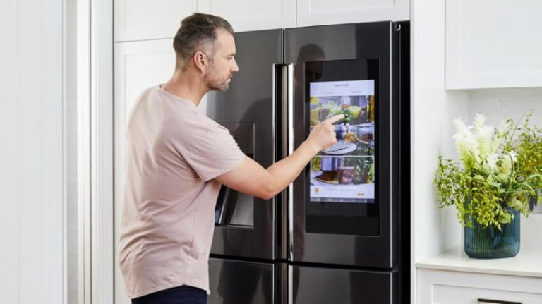 Read more about the article What is a Smart Refrigerator?